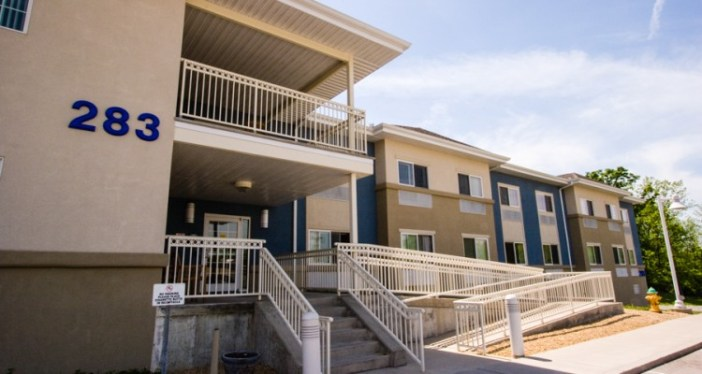 1_free-housing-for-homeless-750x400