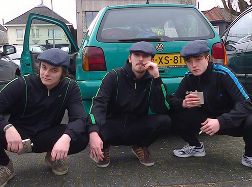 Slavs_Squatting_Squat_Proper_Gear