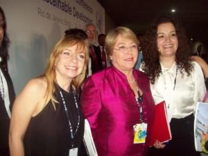 phoca thumb l 21-06-2012.-En-RIO-20-con-Michelle-Bachelet-ex-presidenta-de-Chile