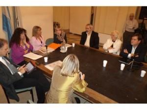 phoca thumb l 26-03-2012.-Con-Lorena-Martins-denunciando-complicidad-del-GCBA-con-la-trata-y-el-p