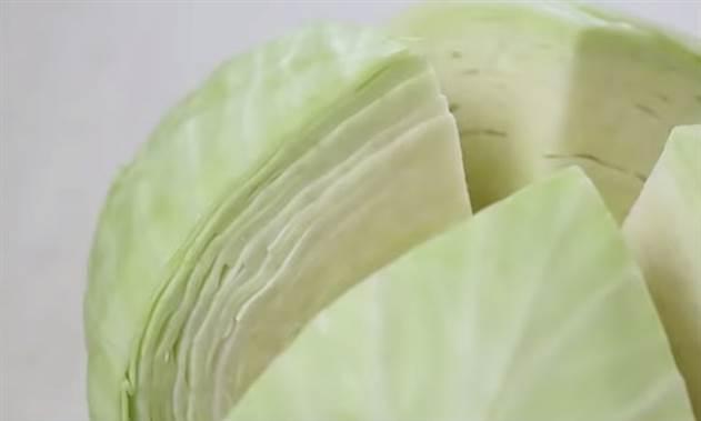 Закуска из капусты: можно есть вместо салата и второго одновременно