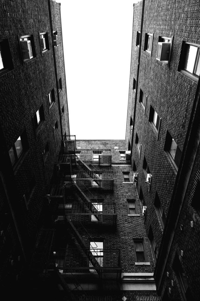 Building in Brooklyn - Black and white photography by Luca Massimilian