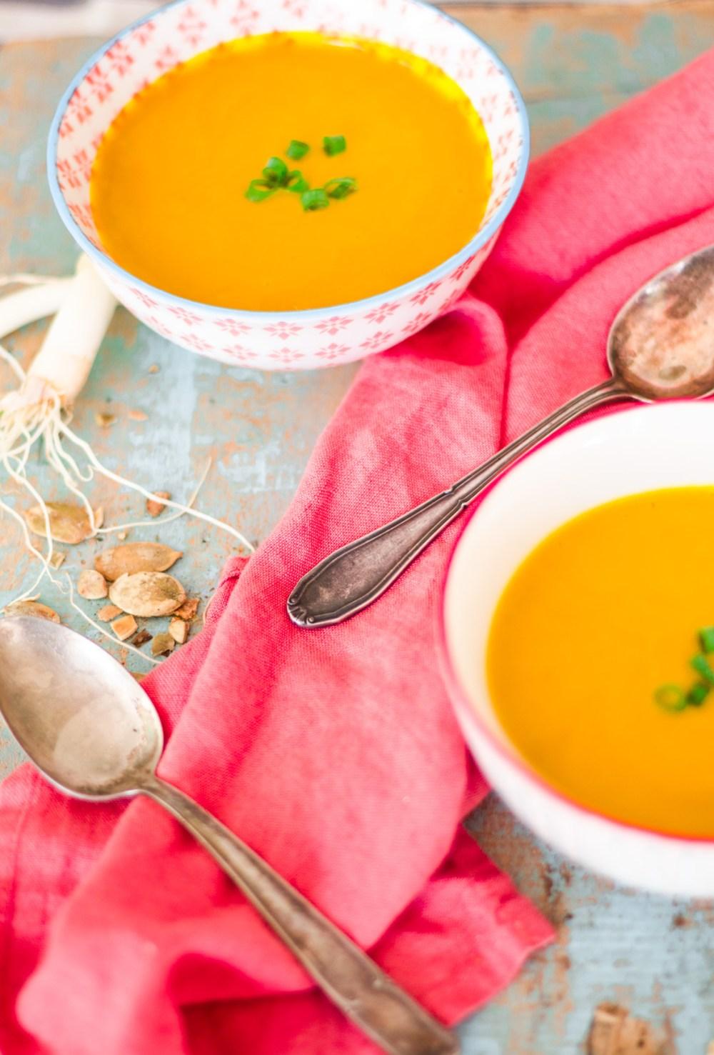 Sopa de abóbora com leite coco