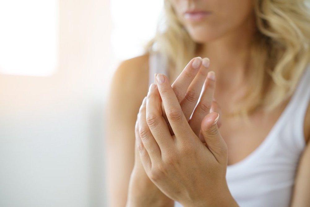 Invecchiamento cutaneo mani