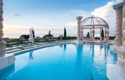 Roman-Swimming-Pool-Statues-Port-Ritchey-web-4006