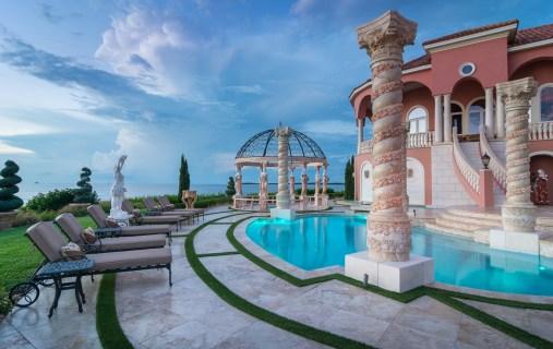 Roman-Swimming-Pool-Statues-Port-Ritchey-web-4102