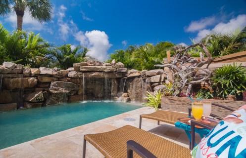 Extreme-pools-Nokomis-Swimming-Pool-Custom-Design-5392