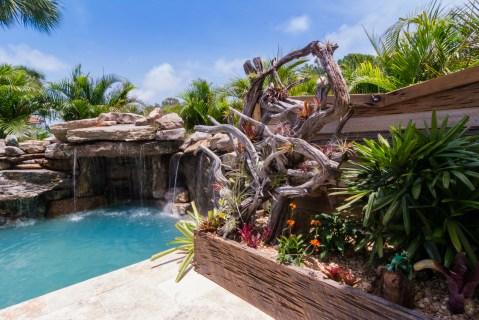 Waterfall-grotto-planter-Custom-Designer-Swimming-Pool-Nokomis-4930