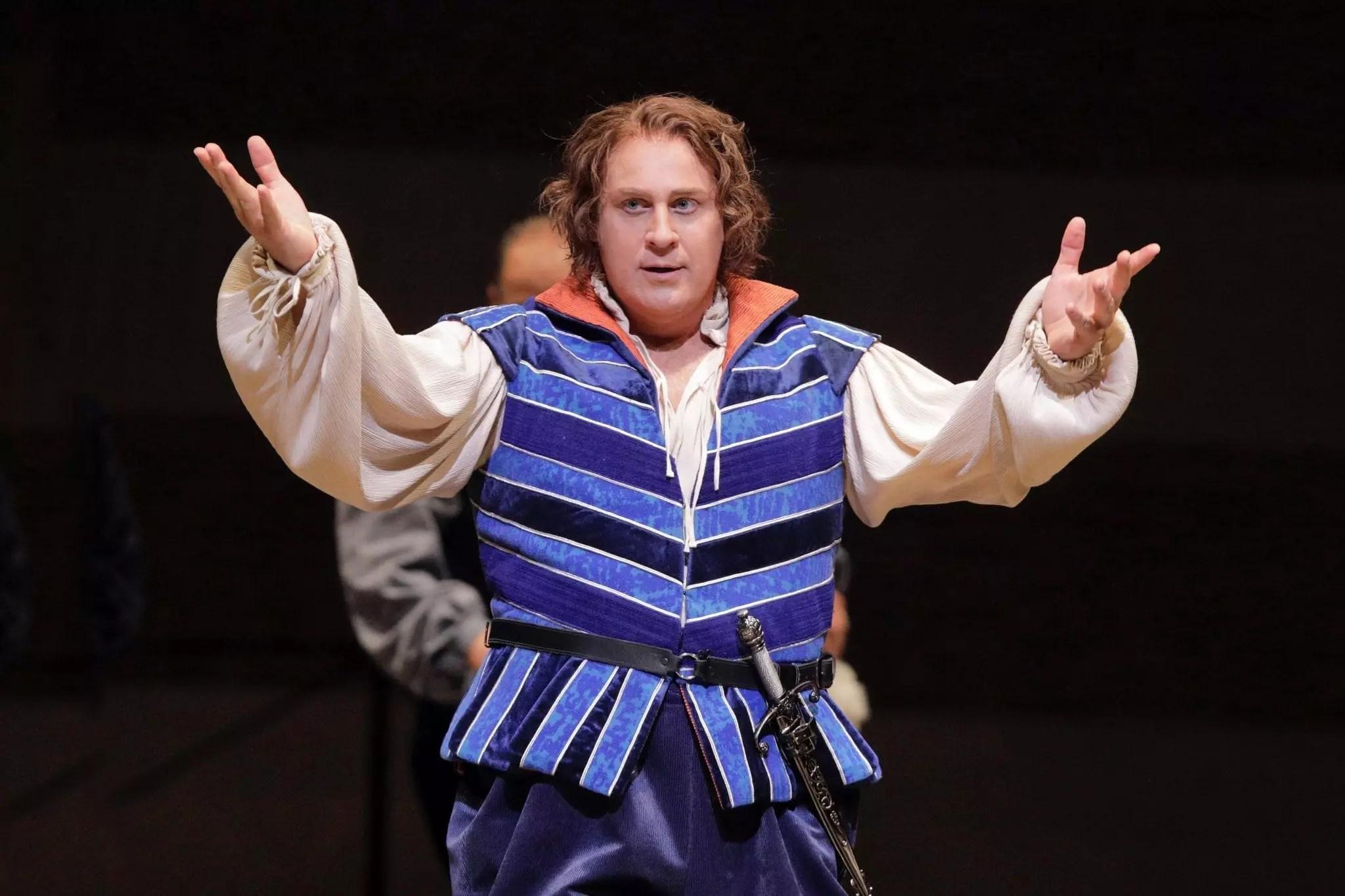 Lucas Meachem, in Romeo and Juliette