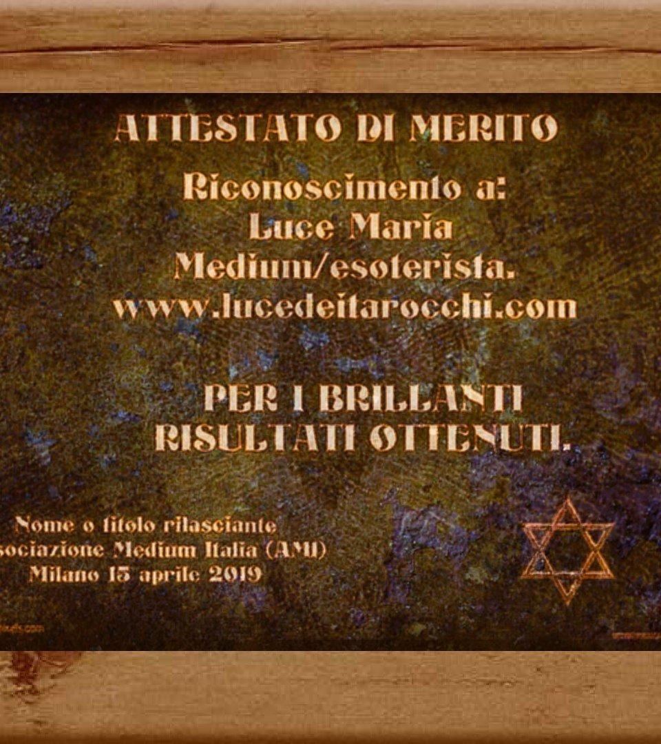 https://i0.wp.com/lucedeitarocchi.com/wp-content/uploads/2019/04/luce-dei-tarocchi-il-mio-operato-esoterico-e-foto.jpg?resize=960%2C1080&ssl=1
