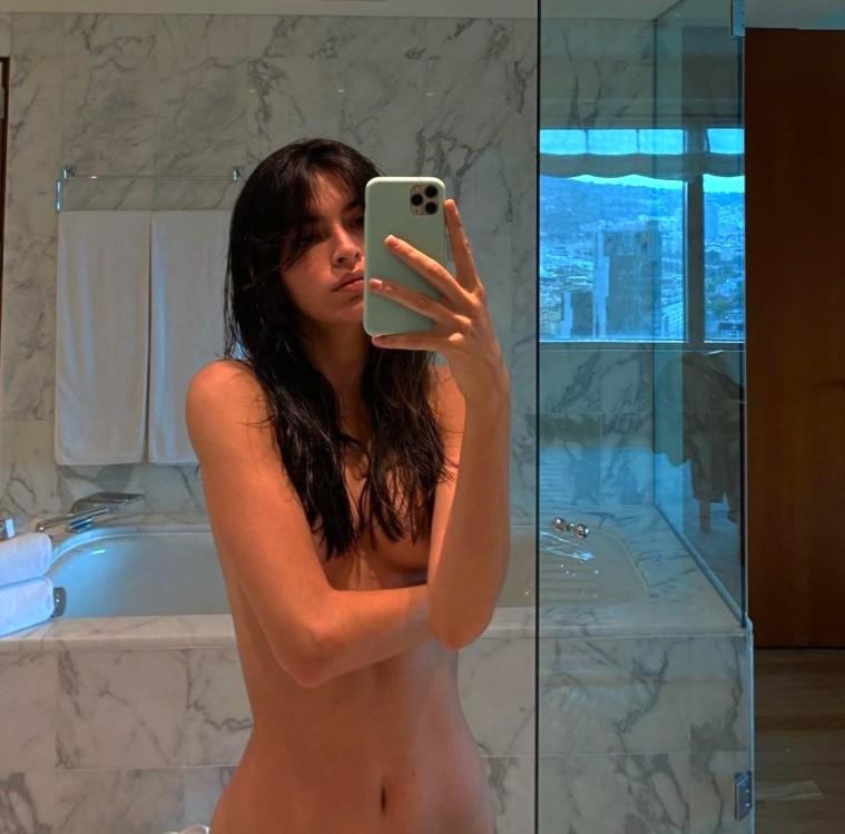 Lucía Rivera desnuda el baño para todos nosotros
