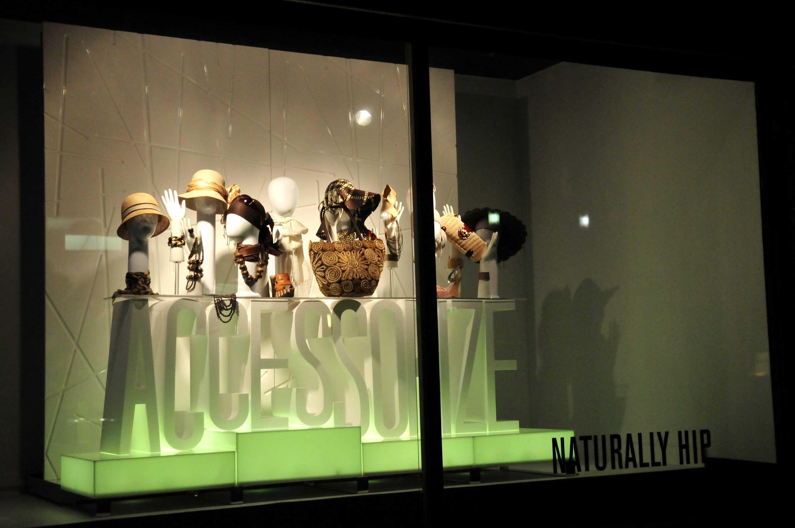 B&N_HudsonBayWind01