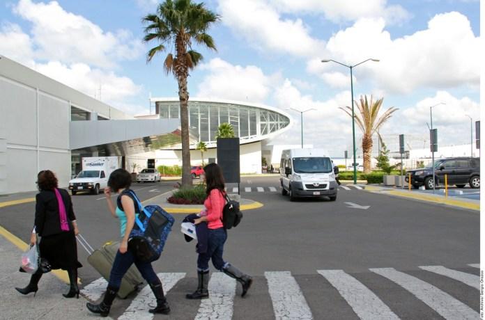 Registra Cancún escasos vuelos