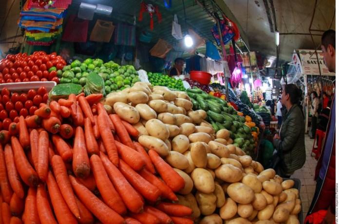 Encarecen frutas y verduras