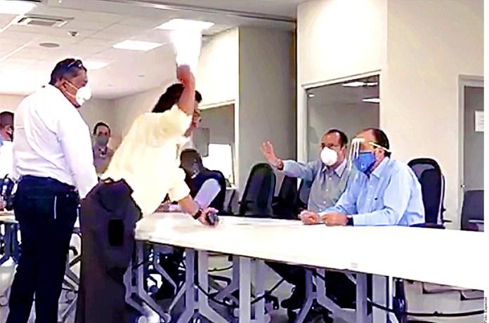 Acusan corrupción en 'remate' de NAIM