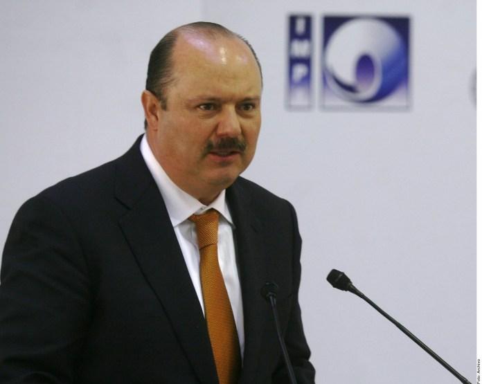 Se corrigió expediente de César Duarte.- AMLO