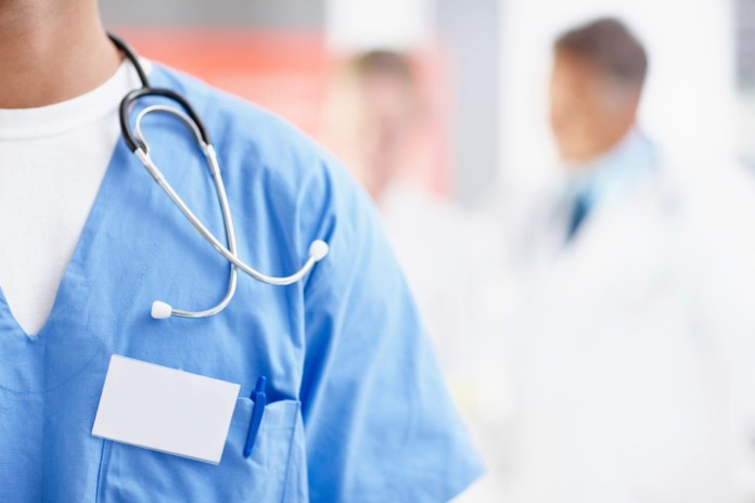 Ajustarán empresas los seguros de gastos médicos mayores