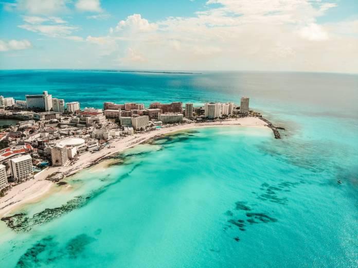 Confían en Cancún turistas extranjeros