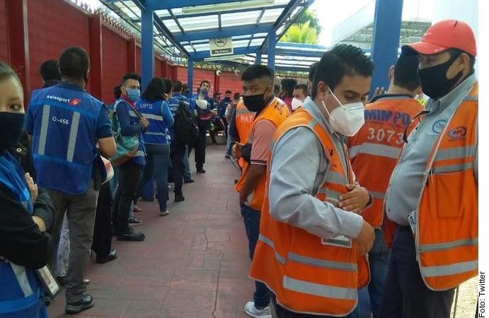 Se quejan de Fuerzas Armadas en Aduana del Aeropuerto