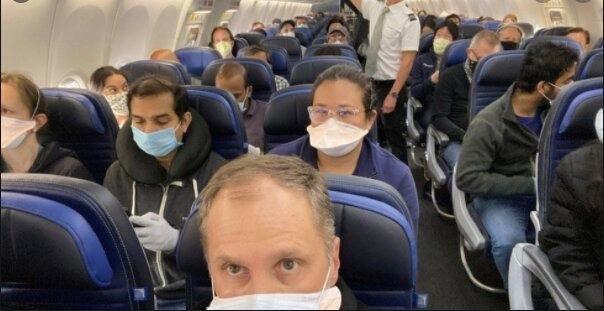 En los aviones no existe la sana distancia; eso sí, cubrebocas obligatorio