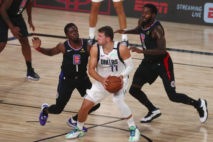 Intentan Clippers frenar a Doncic