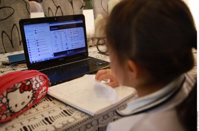 Exhibe virus en América Latina la brecha educativa