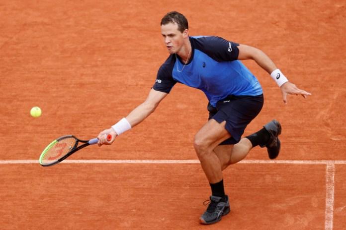 Critican tenistas la burbuja de Roland Garros