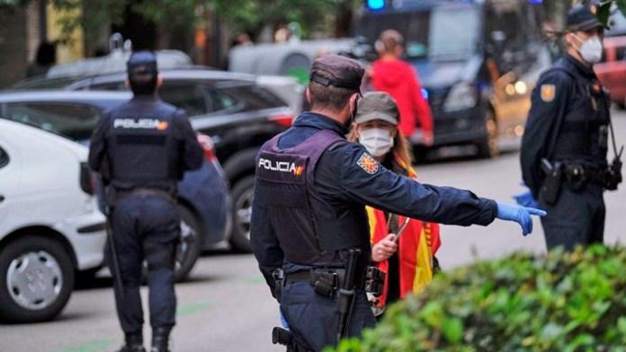 Piden en Madrid despliegue militar por segunda ola de Covid
