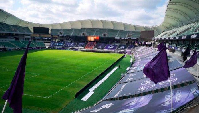 Estiman costo millonario por abrir estadios