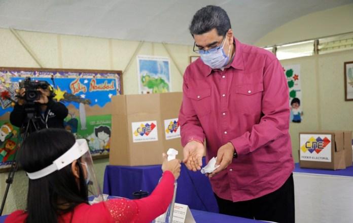 Gana el oficialismo de Maduro en Venezuela; hay rechazo internacional