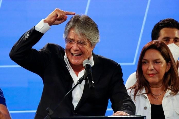 Elección ecuatoriana está aún en suspenso