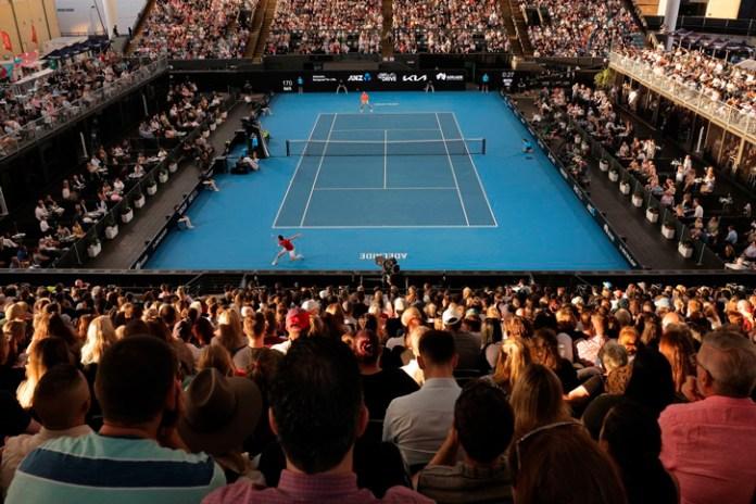 Regresan los aficionados a los estadios de Australia