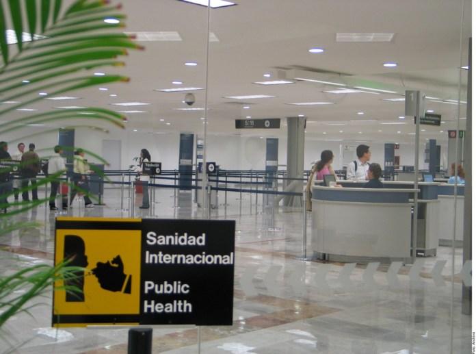Demandan mejor trato a viajeros de Colombia