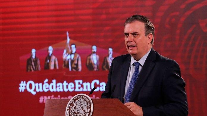 Busca México vacunas para menores de edad