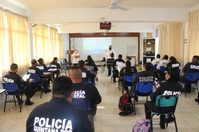 Avanza 71.6% certificación para policías en QR