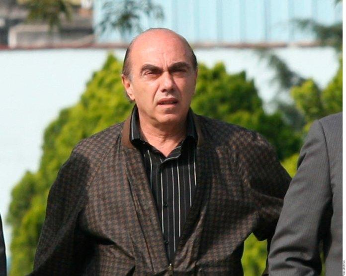 Dan amparo a Kamel Nacif contra orden de captura