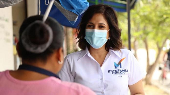 Ofrece Estefanía Mercado apoyo a mujeres