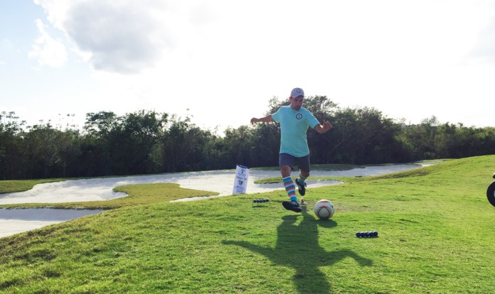 Logra Piero Menor primer lugar en Liga de FootGolf