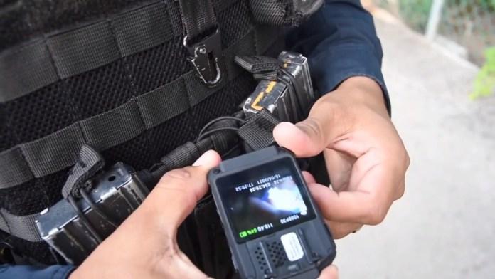 Portarán policías cámaras corporales