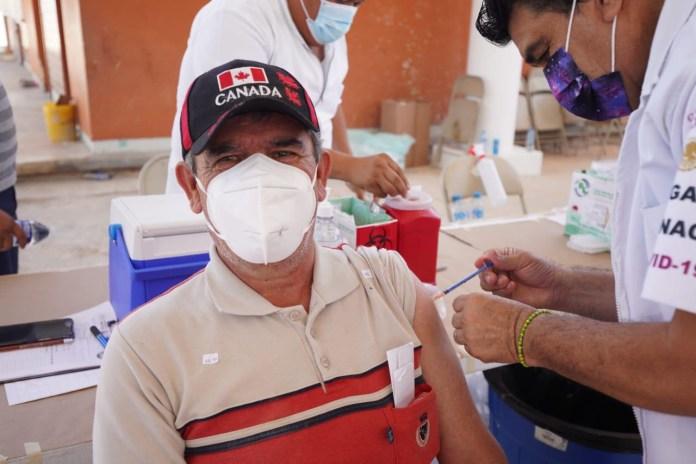 Arrancan vacunas de segunda dosis