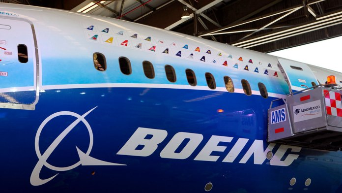 Pagará Boeing 17 mdd por fallas