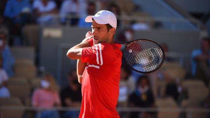 Acecha Djokovic a Nadal y Federer; gana Roland Garros