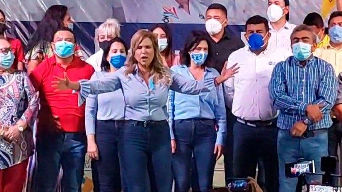 Virtual victoria de Lili Campos en Solidaridad
