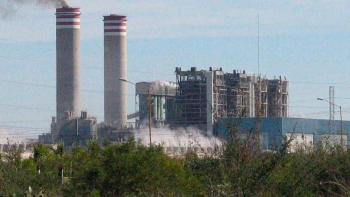 Sugieren hacer cambio de carbón a renovables