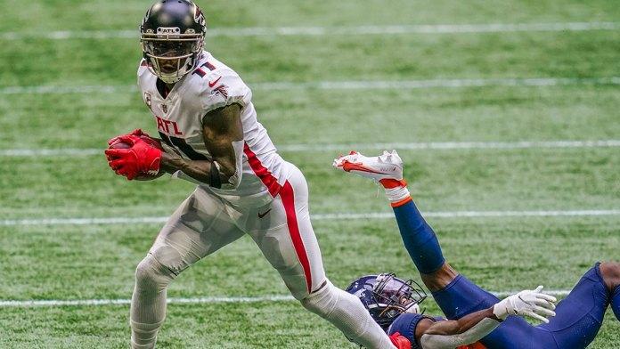 Sacuden Titans la NFL; contratan a Julio Jones