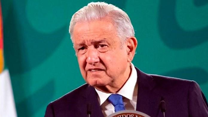 Arremete AMLO contra INE por caso Samuel García