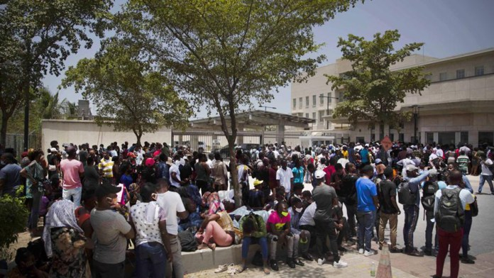 Solicitan en Haití apoyo a EU con tropas
