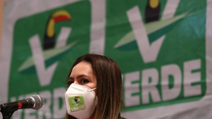 Busca el Verde eludir multa; se desmarca de influencers