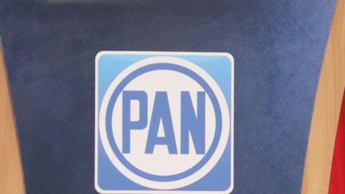 Evidencian disputa interna en el PAN