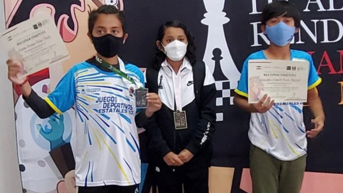 Trabajan ajedrecistas de QR rumbo a torneos nacionales